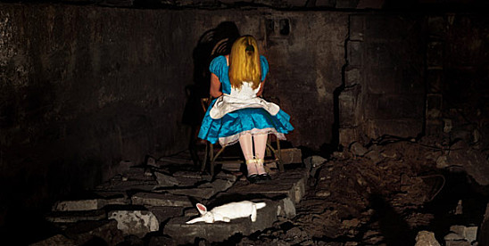 disney-alice-thomas-czarnecki