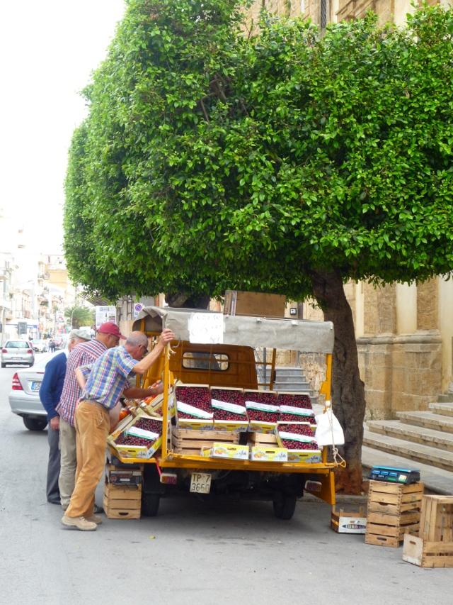 marchand-cerises-castelvetrano
