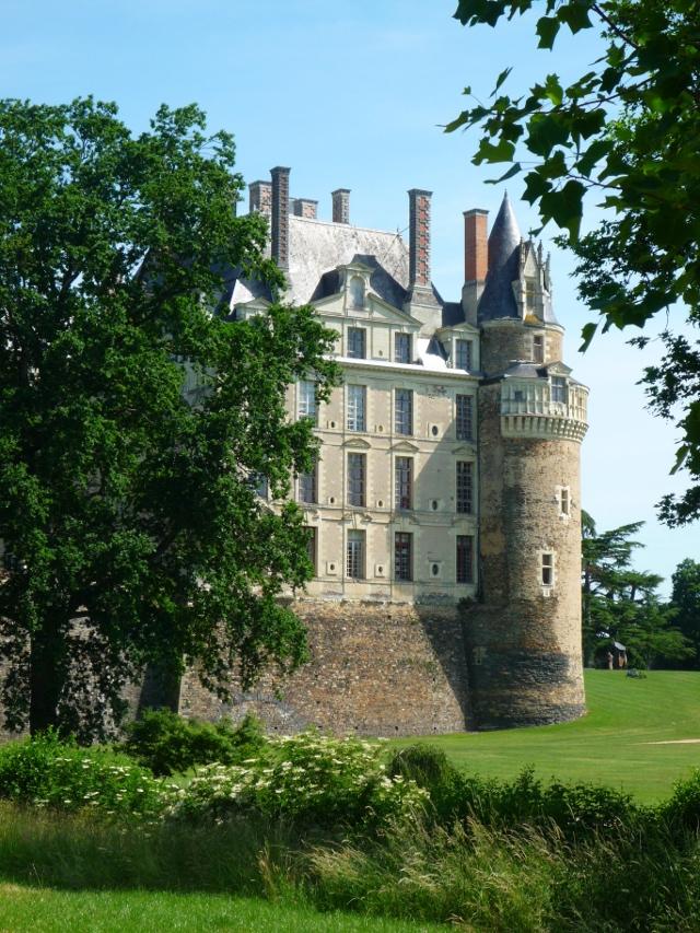 chateau-de-brissac-vu-du-parc